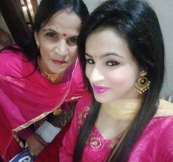 Nisha Dhaundiyal Wiki, Age, Boyfriend, Husband, Family, Biography & More
