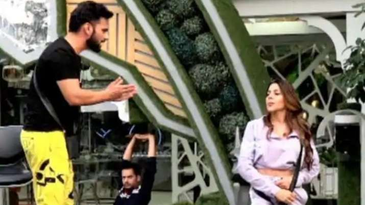 BIGG BOSS 14: Conflict in Team Jasmin about who will be the next captain