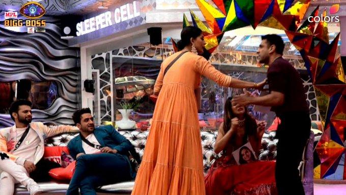 Bigg Boss 14 22nd November Updates : Jaan Kumar Sanu gets eliminated; Rubina Dilaik wins 'immunity stone'