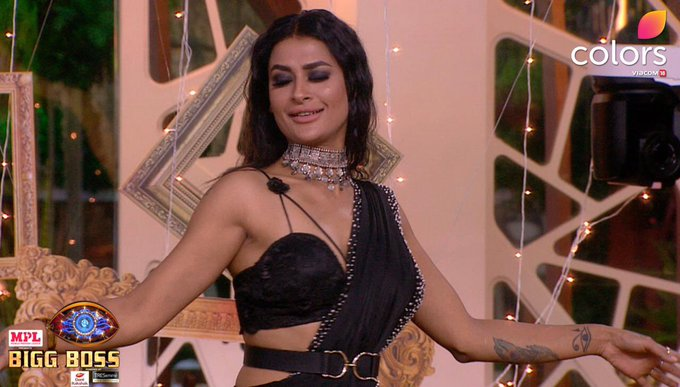 29th November Bigg Boss 14 : Pavitra Punia gets 'eliminated'; Salman introduces 'new challengers'