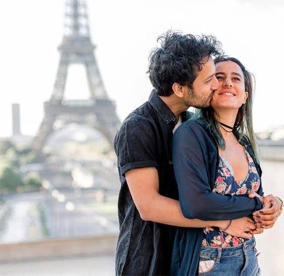 Saloni Chopra with her boyfriend.