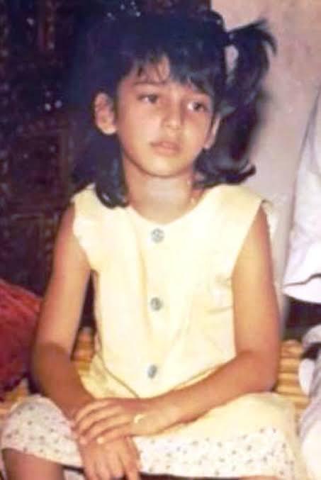 Shruti Haasan childhood photo