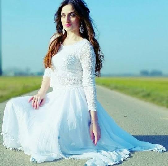 Elif Karaman. Elif khan Dancer Youtuber