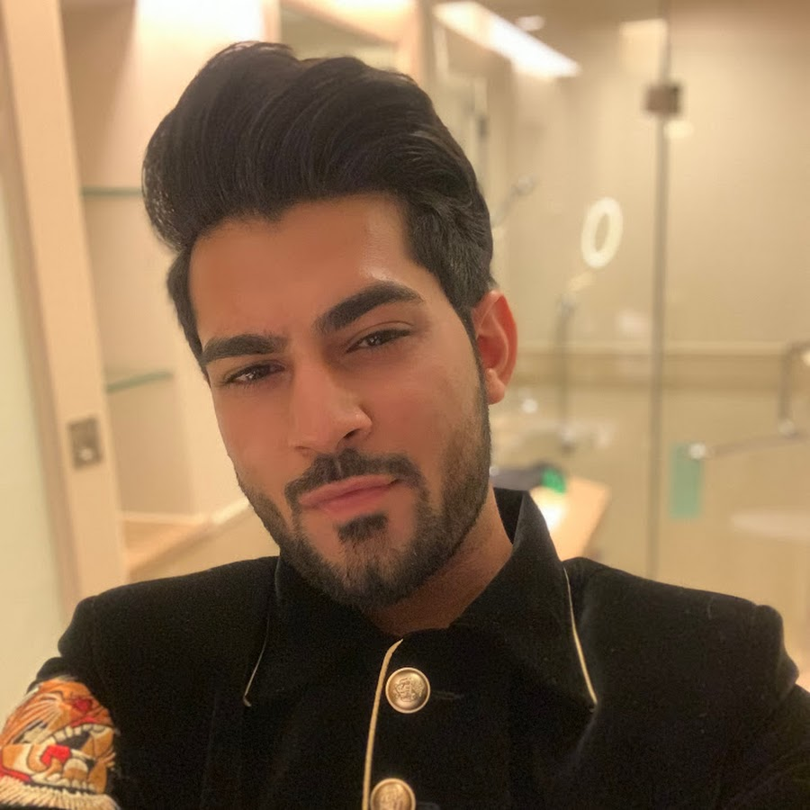 TEHRAAN BAKSHI ANCHOR, IMAGES, BIO, INSTAGRAM AND MORE TRUE FACTS