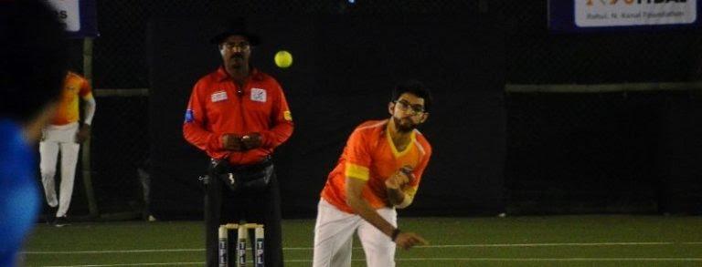Aditya Thackeray playing cricket 768x293 1