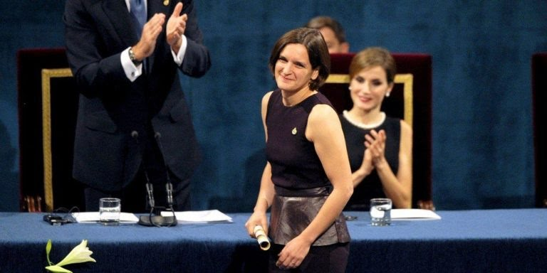 Esther Duflo being honoured with the Nobel Prize 768x384 1