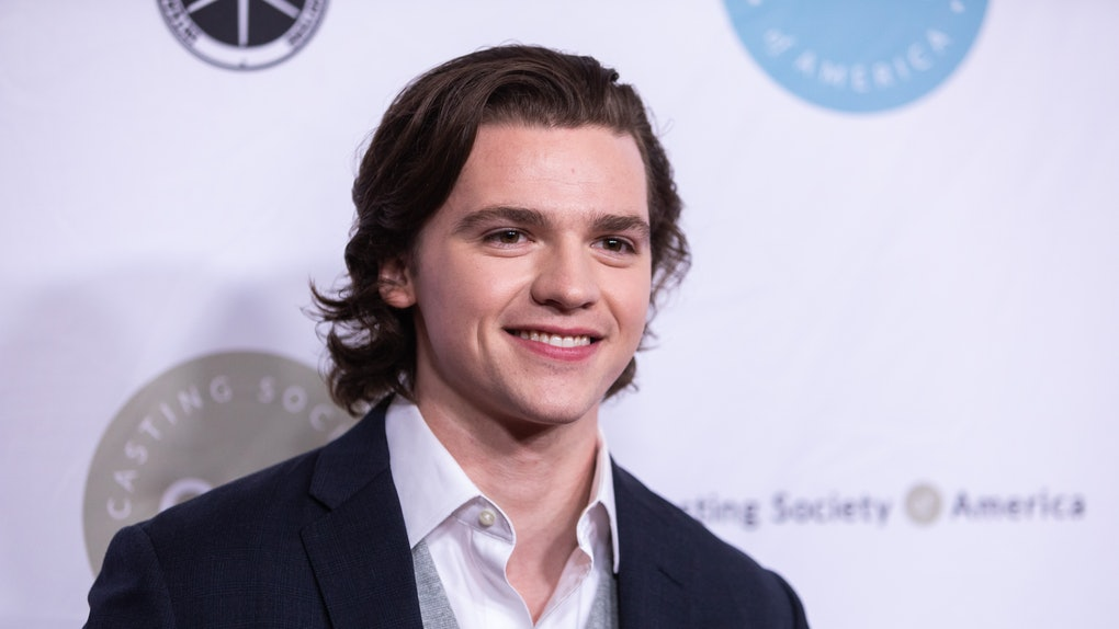 """Joel Courtney Of """"The Kissing Booth's"""" Biography"""