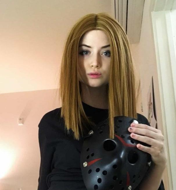 Celestia Vega [Youtuber] Wiki 2021, Net worth, Height, Weight & More!