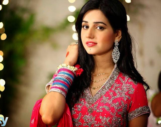 Anum Fayyaz as Marium